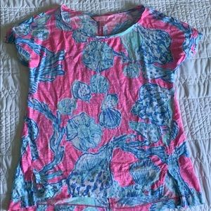 Lilly Pulitzer t-shirt (small)